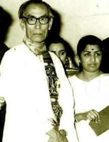 SD Burman with Lata shown to user